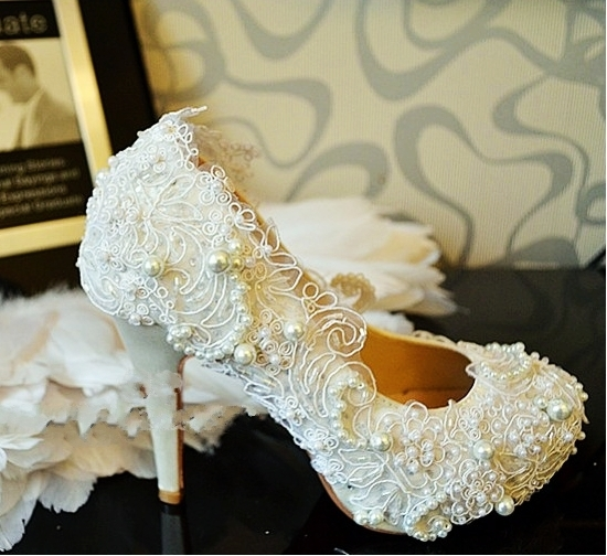 the high heel wedding shoes