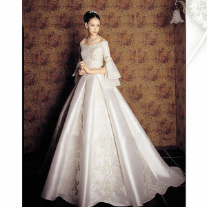 Royal silk vintage wedding dress