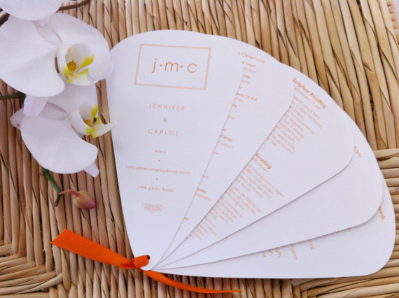 A fan shape creative wedding invitation